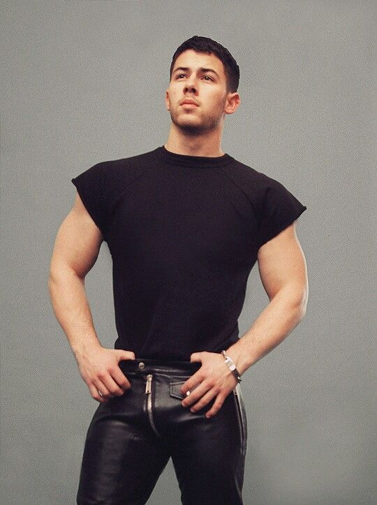 That bulgie bulge...JM