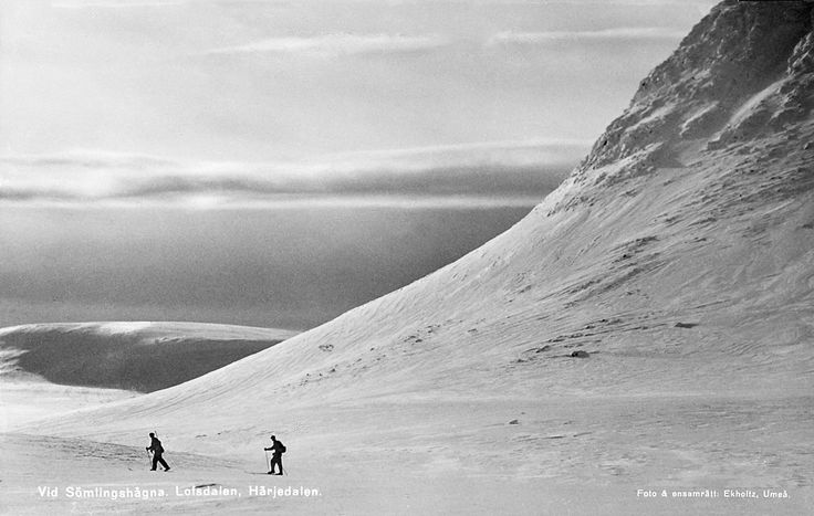 Skiing at Sömlingshågna in Lofsdalen valley, Härjedalen, Sweden