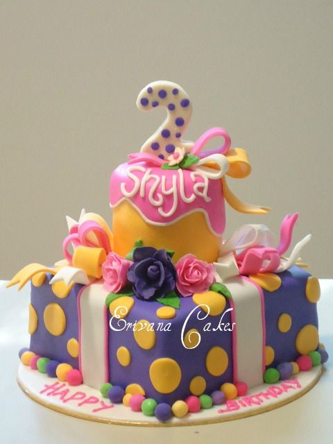 Purple , pink and yellow Cake, (- the pink, maybe something like this for Kayla :)