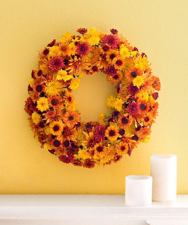Mum Wreath | Get a fresh fall look with this colorful, easy-to-make wreath | Skill Level: Beginner | Time: 1 Hour | LowesCreativeIdeas.com