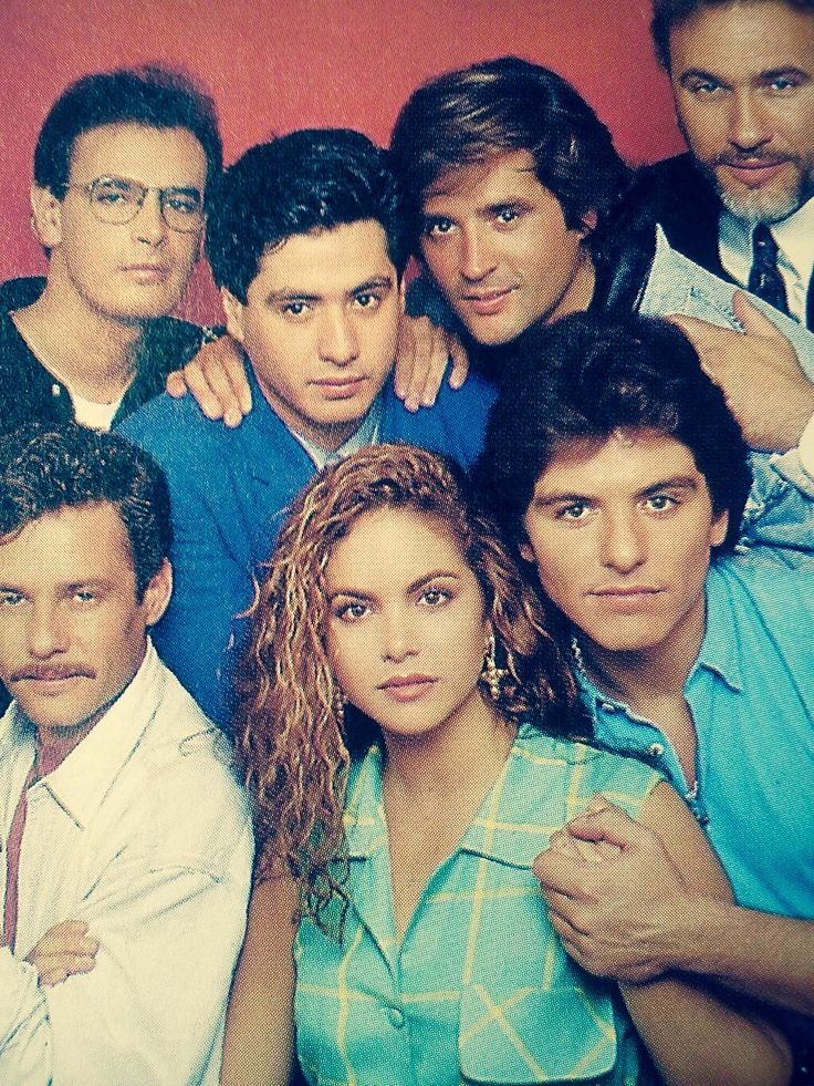 Lucero, Ernesto Laguardia, Alexi Ayala, Jerardo, Alejandro Aragón,Esteban Soberanes & Guy de Saint Cyr. Los Parientes Pobres (1993)