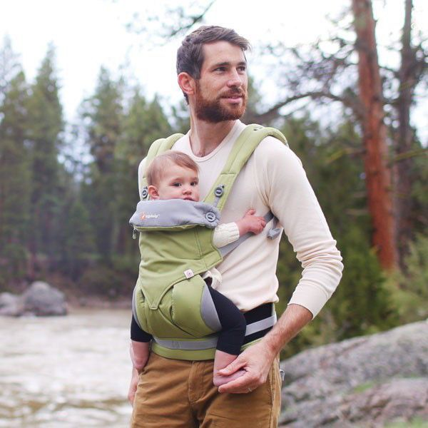 Best baby carriers for dads: the Ergobaby 360 will save both of your backs. (And we love babywearing dads!)
