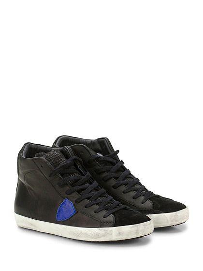 PHILIPPE MODEL PARIS - Sneakers - Uomo - Sneaker in pelle e camoscio con logo su lato esterno e suola in gomma. Tacco 25. - BLACK\BLUETTE - € 260.00
