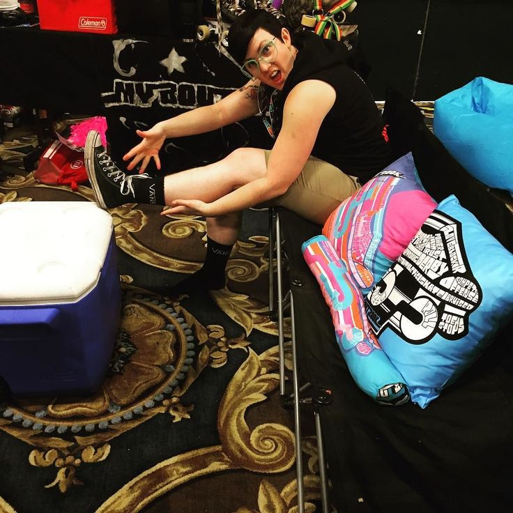 @devotchkathrash getting ready for her banked track class in the My BoutBook booth lounge.