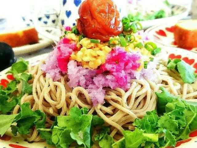赤大根の梅納豆おろし蕎麦の画像