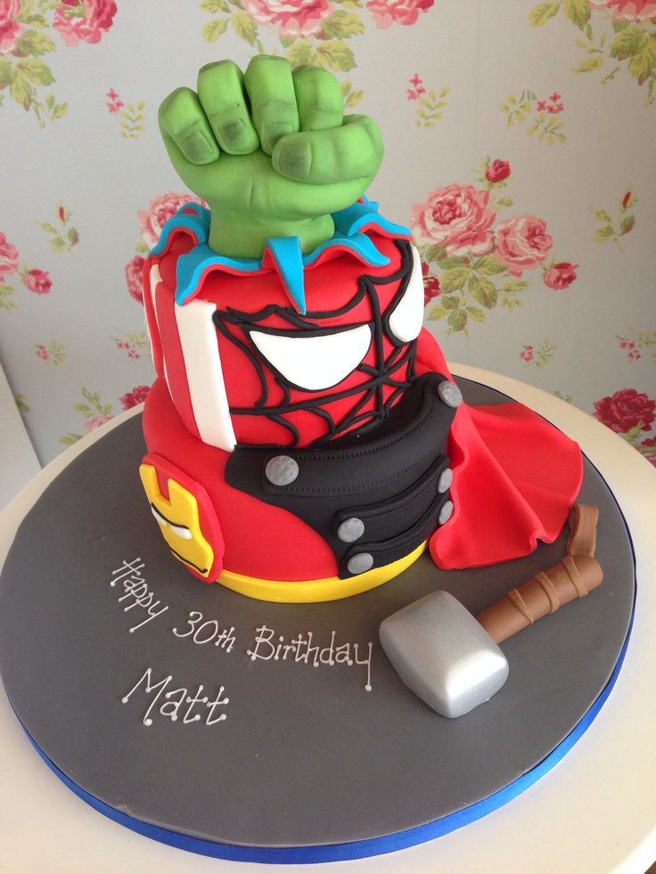 1000 Images About Marvel Avengers Cakes On Pinterest