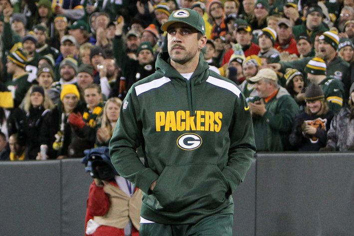 Aaron Rodgers Injury Update: Small Collarbone Fracture Suspected, Per Reports - Acme Packing Company - Not good news, but 70s 'stache.