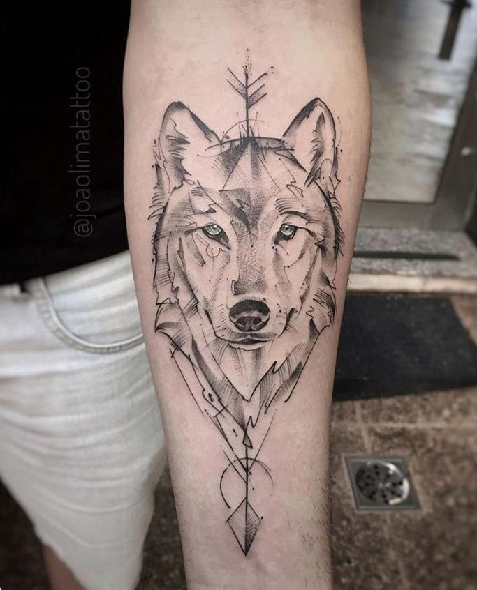 I Honestly Am Into The Colors And Shades Lines And Detail This Is Certainly An Incredible Idea If You Geometric Wolf Tattoo Wolf Tattoos Skull Hand Tattoo