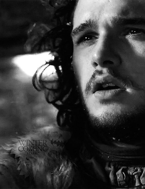 A beleza de Kit na pele de Jon Snow...a ética de Game of Thrones.