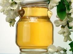 Miel d'acacia (cernes) |  1 cac de miel d acacia dans 1/2 verre d eau tiede puis applique sur les cernes 10 mn
