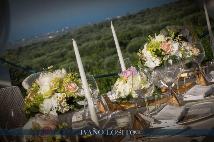 Elegant and refined outdoor table setting by Michela & Michela www.italianweddingcompany.com