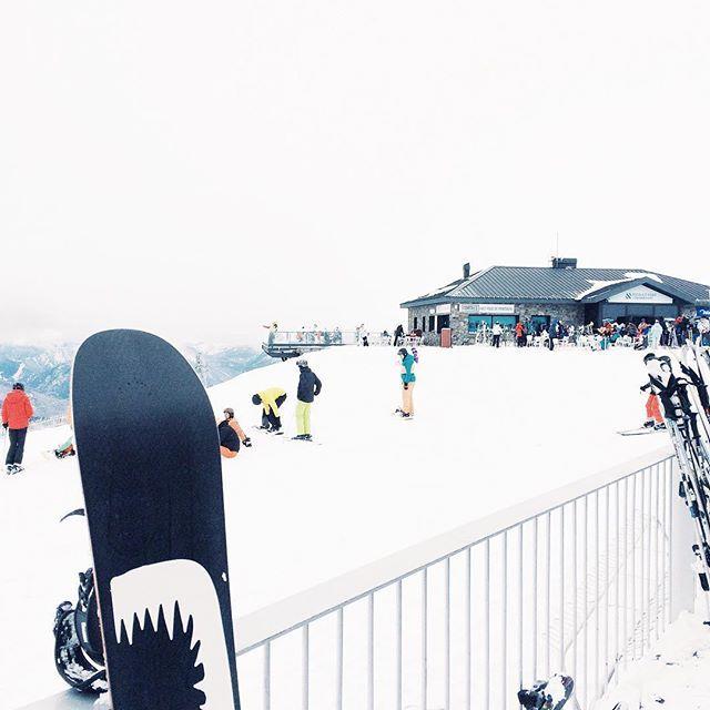 #andorra #grandvalira #encamp #mountains #montaña #ski #snow #snowboarding #snowboard #seaofgirasoles #travel #viajar #photography #nature #андорра #грандвалира #горы #лыжи #сноуборд #снег #vsco #vscocam #instagood #instadaily