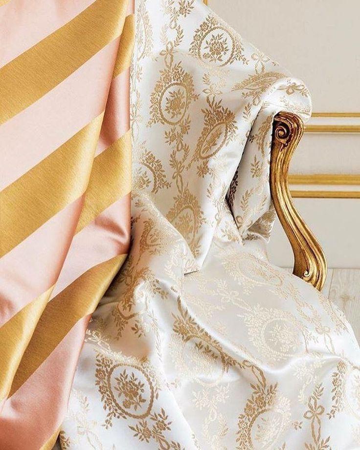 Солнечная классика @persanhomestudio #жаккарды Helene Kombin и Maureen Çizgi. Закажите в #Galleria_Arben #fabric