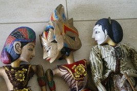 Have one to sell? Sell it yourself     Authentic Old Vintage Java Theater Wayang Golek Wood Puppet Doll 2 choices GK6,7. If you cannot  locate this listing, please contact us at cheetahdmr@aol.com