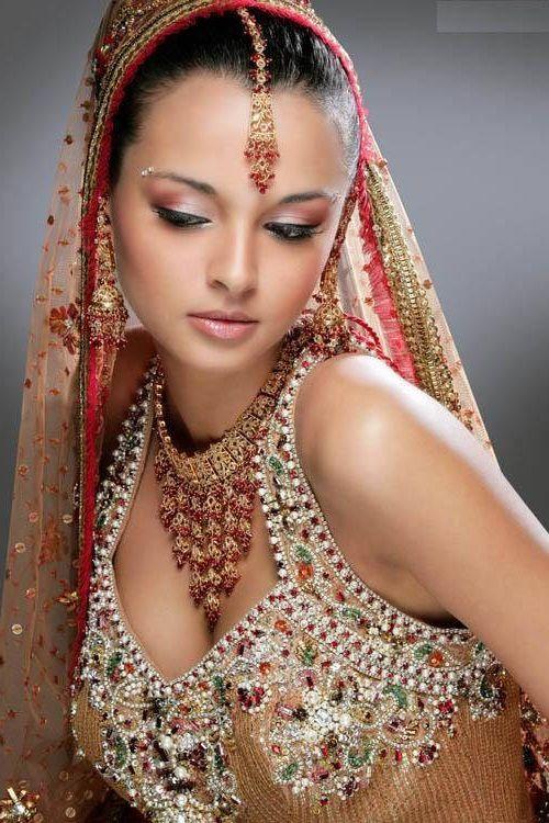 Bijoux indiens d'Inde traditions chez Bijoux Chérie.