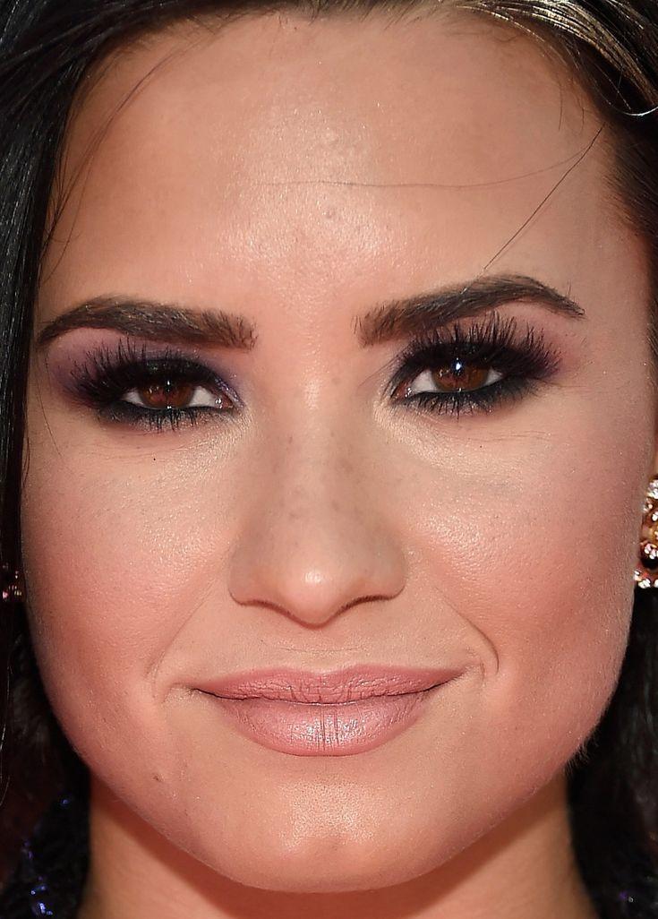 Celebrity Eyebrows | Demi lovato makeup, Billboard music ...