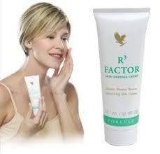 Creme voor de rijpere huid. Goede basis voor make-up, helpt rimpelvorming vertragen en zorgt ervoor dat de huid haar natuurijke vochtigheidsgraad behoudt.