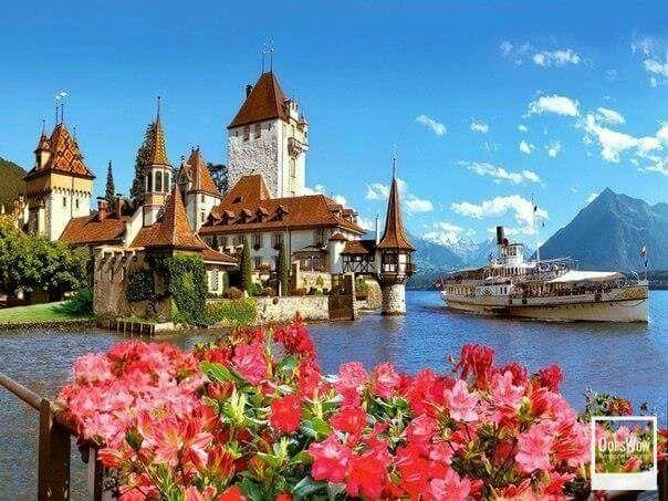 Castillo de Oberhofen, Suiza