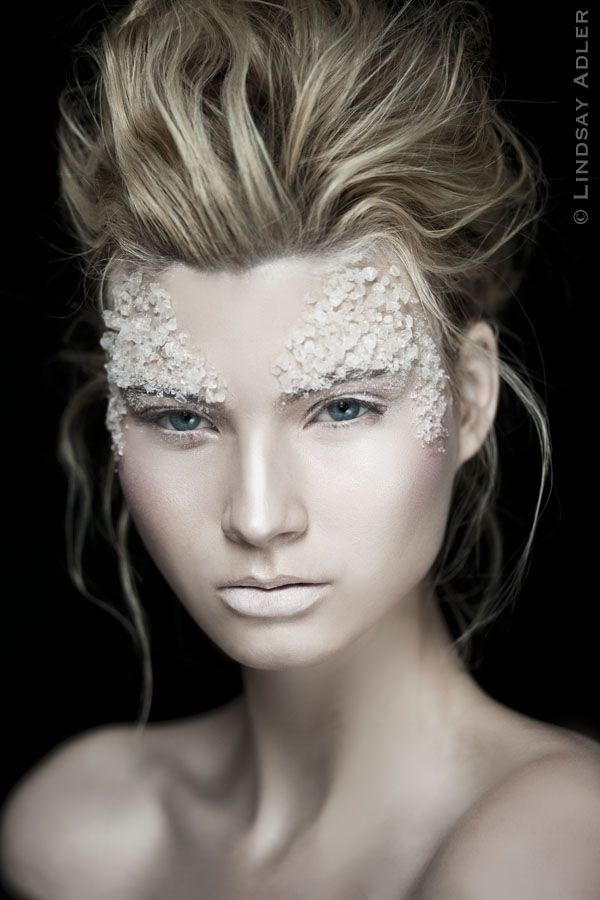 White Bodypainting & Makeup