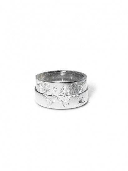 دبل خطوبة فضة عيار 925 دبلة خريطة فضة بيور يوجد منها الحريمى والرجالى إمكانية شراء قطعة واحدة أو قطعتين Rings Wedding Rings Silver