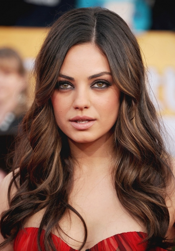 mila kunis eye makeup hair is so gorgeous