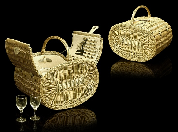Classic but very contemporary, the very latest in stylish Picnic baskets from the fine food store