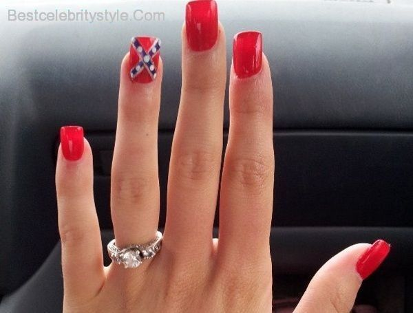 12 Southern Pride Rebel Flag Nails - http://bestcelebritystyle.com/12-southern-pride-rebel-flag-nails/
