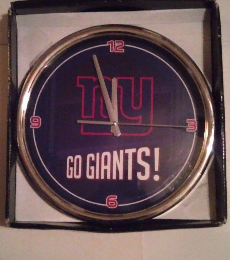 New York Football Giants Chrome Clock 12 Inch Diameter NFL