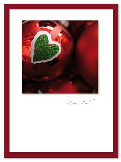 """""""Kugel und Herz"""" - ein Motiv aus der Weihnachts-Kollektion 2015 von NiceCards, einer kleinen Karten-Manufaktur. Die Motive aus dem eigenen Archiv, in glänzend ausbelichtet, auf hochwertige, matte Karten (12x17cm) geklebt und signiert. Bestellbar unter www.nicecards.de. #Grußkarten #nicecards #greetingcards #Motivkarten #Karten #Fotokarten #Weihnachten #Weihnachtskarte #christmas #christmascard"""