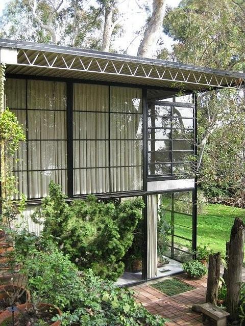 ●  Lovely!  - The Eames House LA, Cal