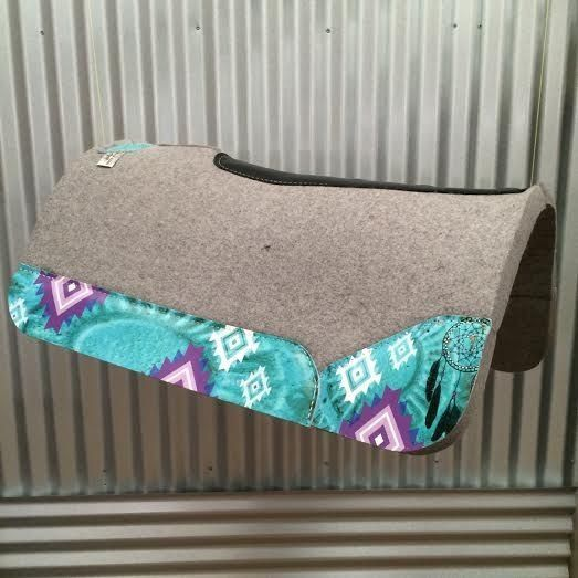 YES YES YES! I'd defiantly get a teal pad like this if I rode western