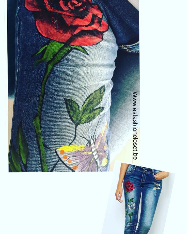 Trendy jeans beschilderd met roos en vlinders.  Bekijk meer op www.esfashioncloset.be