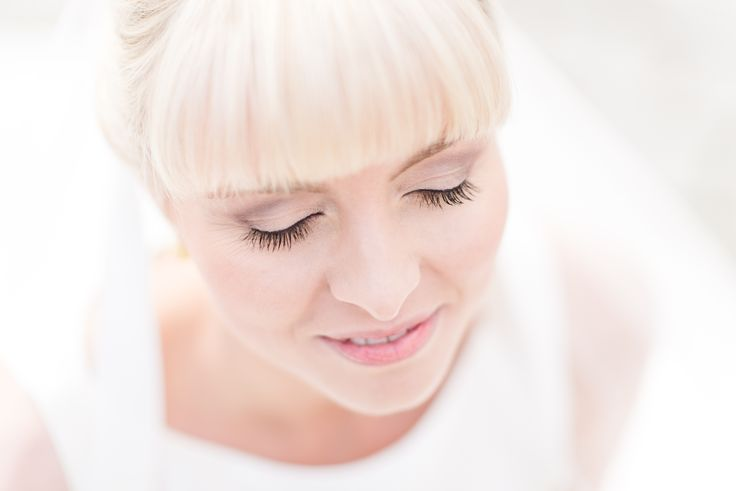 Hochsteckfrisur, Make-Up, Make-Up Artist Stuttgart, Franziska Reise, Franziska Reise Hair & Make-Up, Hair & Make-Up Stuttgart, Stuttgart, Franziska Reise Hair & Make-Up, Mannheim, Mannheim,  Franziska Reise Hair & Make-Up Ludwigshafen, Make-Up Artist Ludwigshafen, Franziska Reise Hair & Make-Up Speyer, Make-Up Artist Speyer, Braut Make-Up, Schleier, Brautkleid, Hochzeit, Fotografie, Photography, kurze Haare Hochsteckfrisur, individuelles Styling, beautiful bride, bride, germany, Artist