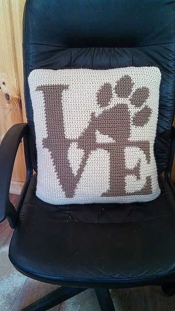 Ravelry: Love Paw Pillow pattern by Simply Homemade Crochet