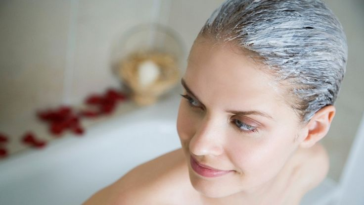 SOS pre zdravé vlasy: Maska z 3 surovín zastaví padanie a podporí ich rast