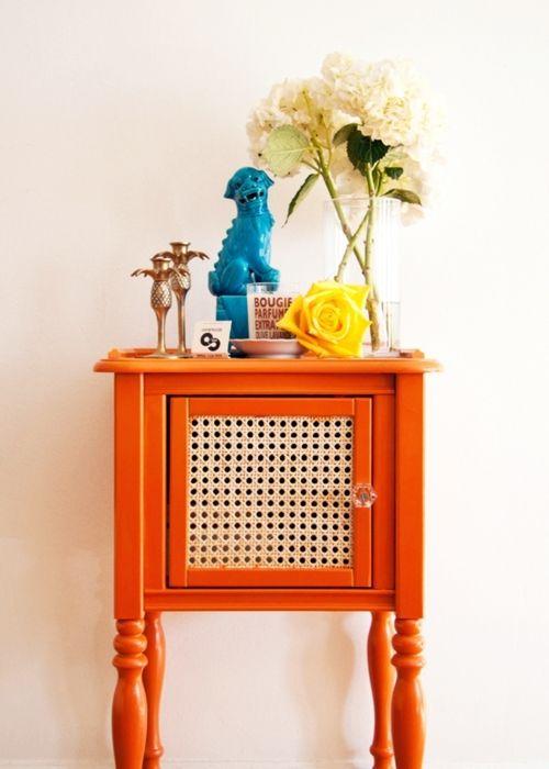 nightstand/sidetable