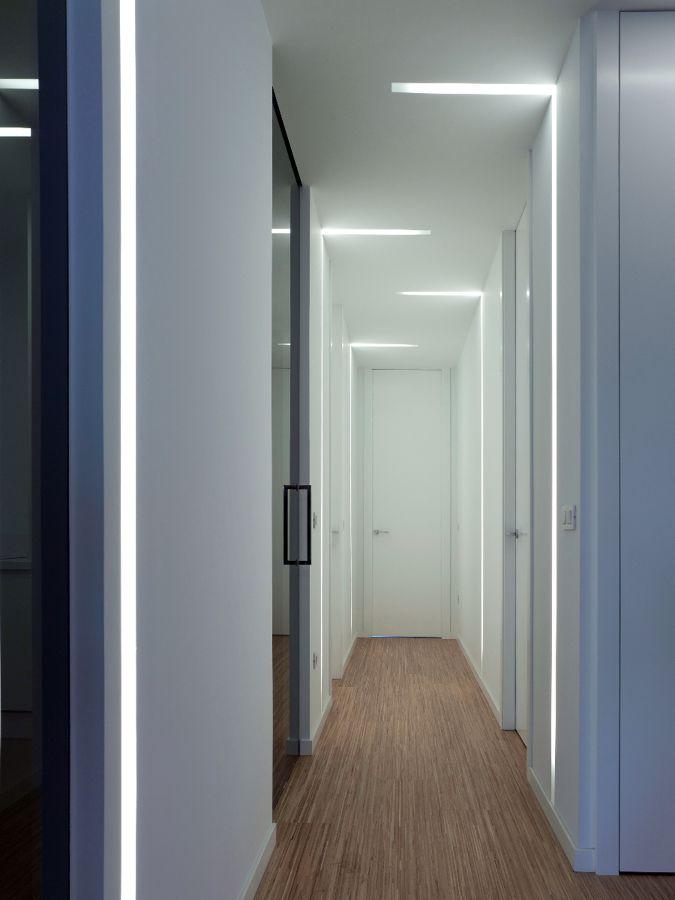 Las 25 mejores ideas sobre iluminaci n de leds para casa - Como pintar el pasillo ...