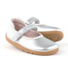 Bobux I-WALK Silver Twirl Ballet shoes #silvershoes #kidsshoes #kidsballetstyle