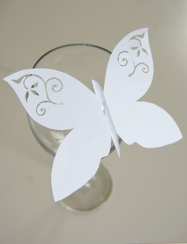 Mushy: Butterfly Wine Glass Place Cards  Lovely way to personalise name cards!