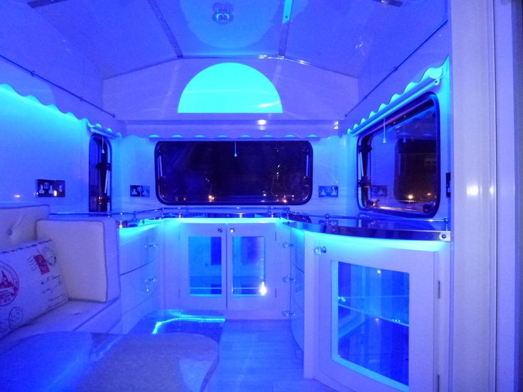 82 Best Images About Rv 39 S With Hipper Interiors On Pinterest Expedition Vehicle Airstream