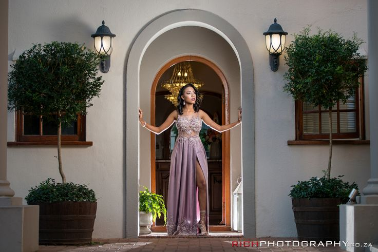 Poses for Matric Farewell Photos #GorgeousDress #DressIdeas #MatricFarewellDress