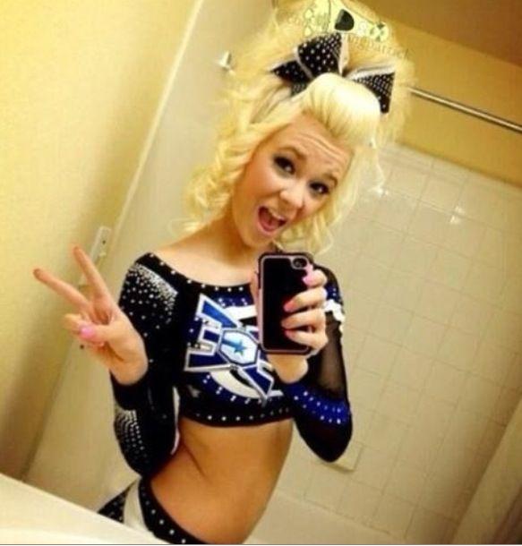 Love the cheer hair!