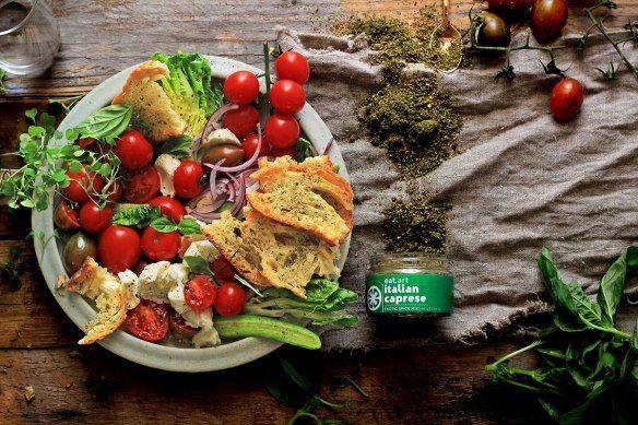 Caprese-panzanella salad recipe developed for eat.art