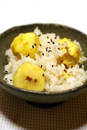 Japanese food / おこわ風のもっちり栗ご飯