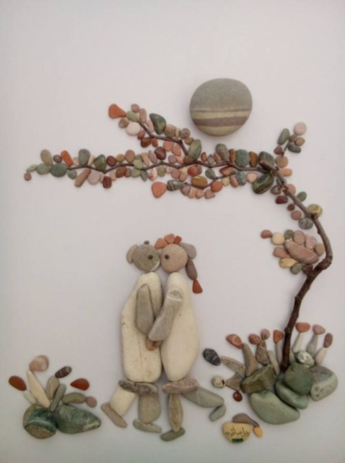 Pebble art by Syrian sculptor Nizar Ali Badr