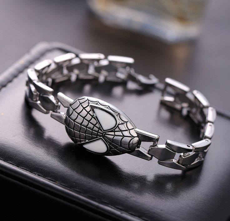 Spiderman Unisex Silver Bracelet – The Cynical Clique