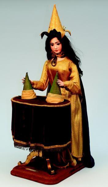 « La Magicienne » #Automate à musique de fabrication française créé par la maison ROULLET-DECAMPS, version féminine du « Magicien » (N°255 du catalogue de ce fabricant) H 80 cm Vendu aux #encheres le 04/02/12 par Lombrail Teucquam