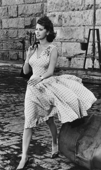 Hey ya'll! So, in lieu of Throwback Thursday (#TBT, for all my IG heads), I figured it was time for another installment of Vintage Visions. While searching for a potential feature, Sophia Loren randomly came to mind. I don't know how or why I thought her but I'm glad I did! Born September 20, 1934, […]