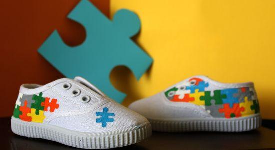 Zapatillas pintadas a mano: puzzle