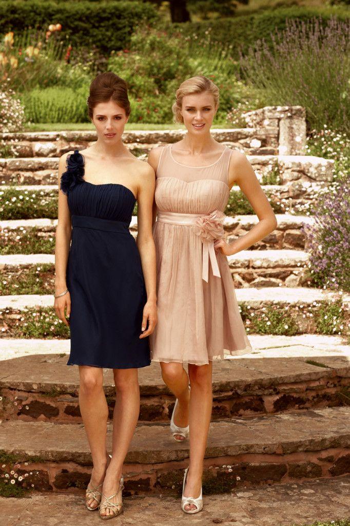 Traumhafte Abiballkleider - von zarten Pastellfarben bis klassisch elegant. Wir präsentieren euch die heißesten Designtrends der Abiballkollektionen 2015.